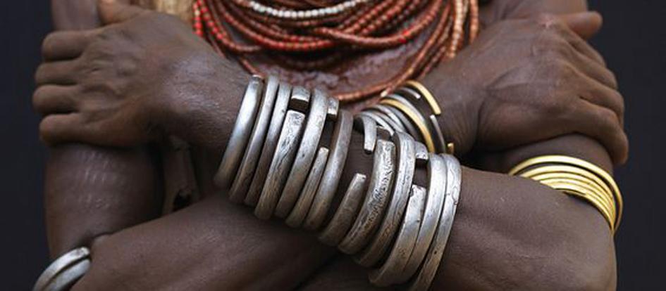 Karo woman Ethiopia vagva