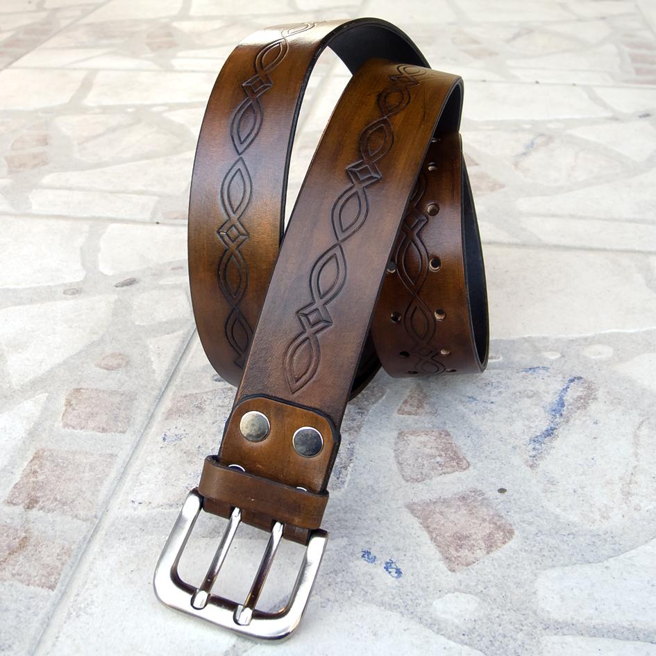 9135f7f03a Kiváló minőségű marhabőrből készült, kézzel festett (antik barna),