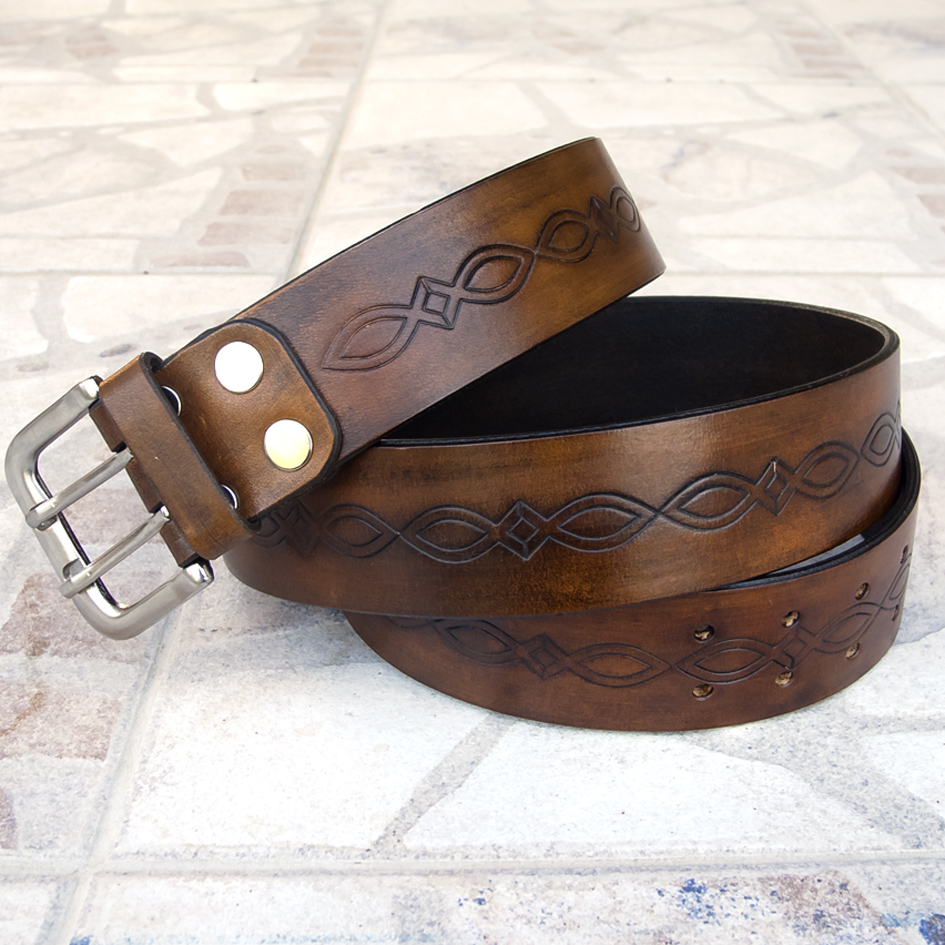 7cde97267d Kiváló minőségű marhabőrből készült, kézzel festett (antik barna),